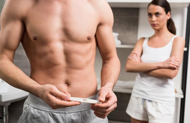 Зачем мужчины сдают тест на беременность