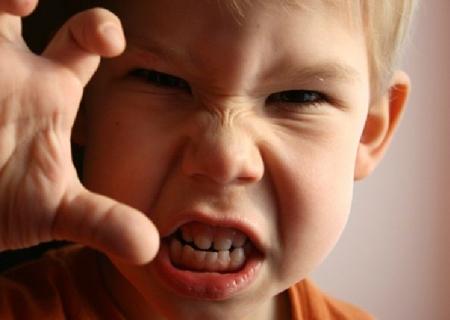 Осторожно, злой ребенок!