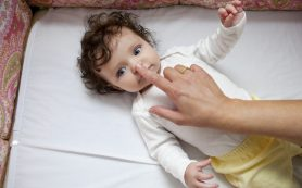 9 главных опасностей для ребенка в первый год жизни