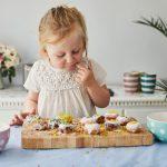 Почему нельзя запрещать детям есть сладости