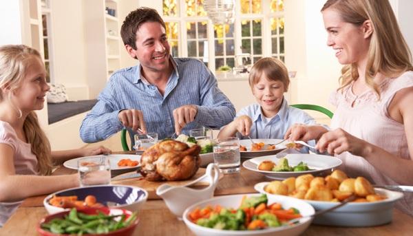 Как приучить ребенка кушать овощи
