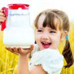 Молоко в рационе ребенка: советы фермера