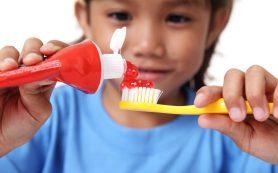 Выбираем детскую зубную пасту!