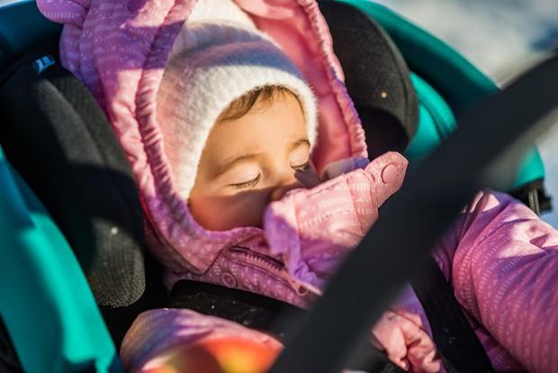 Сопливое, но счастливое детство: как лечить насморк у детей