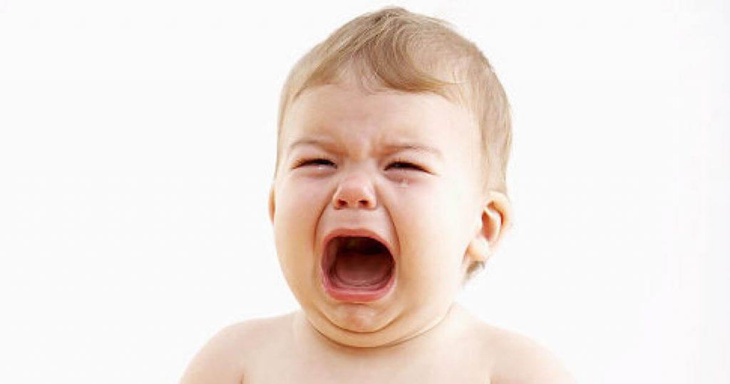 Отчего плачет ребенок, причины детского плача и способы его успокоить