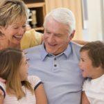 Эмоциональная связь бабушек и дедушек с детьми